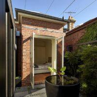 Diagonal House LB 5